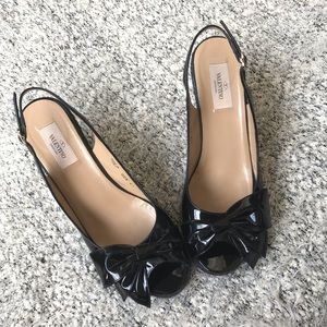 Valentino 10 black patent leather wedge espadrille